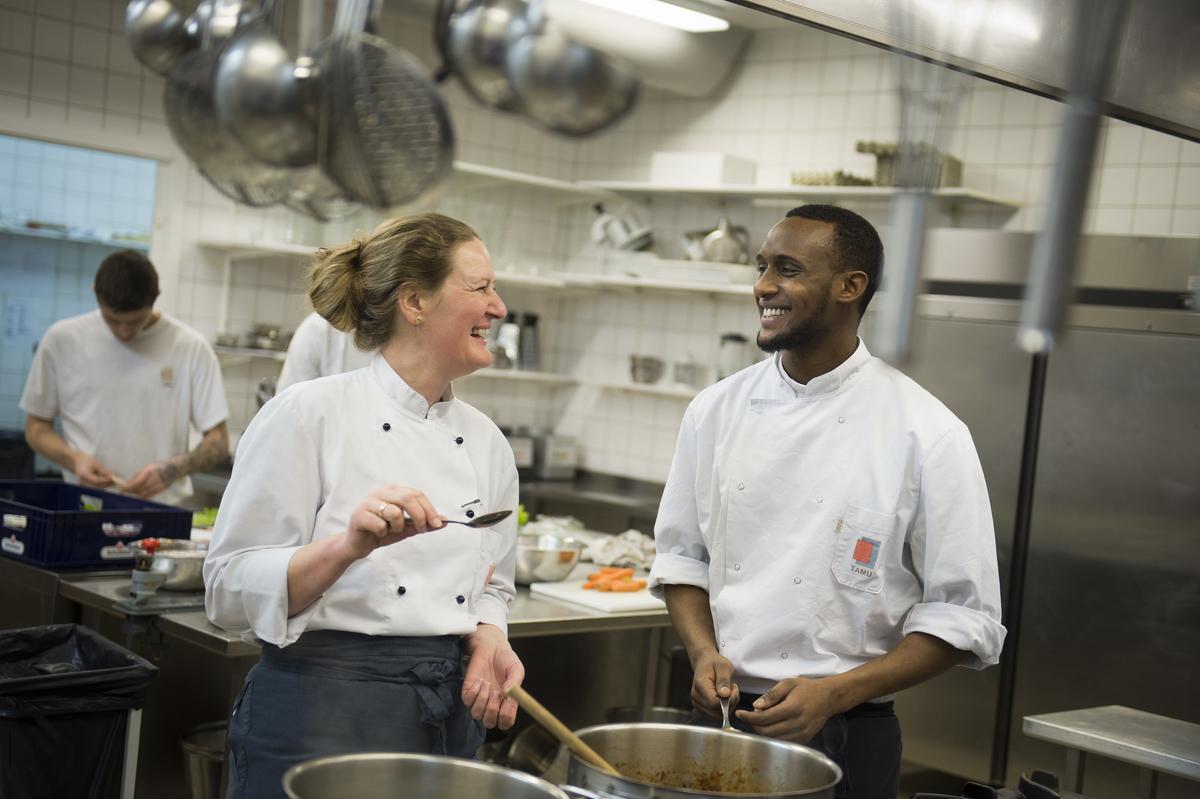 TAMU uddanner bl.a. elever til kantine og servicefag
